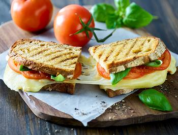 Mozzarella Sandwich with Pesto