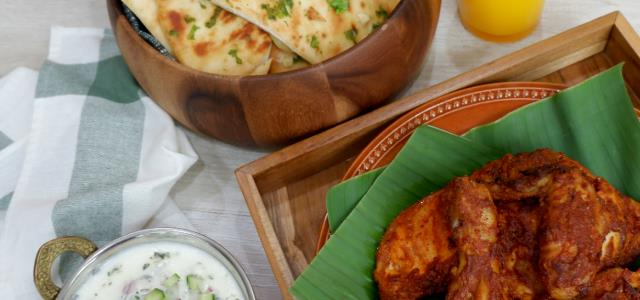 Tandoori Chicken with Stuffed Cheese Garlic Naan